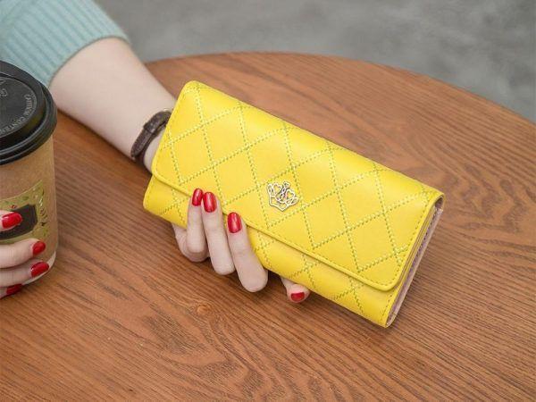 billetera de mano
